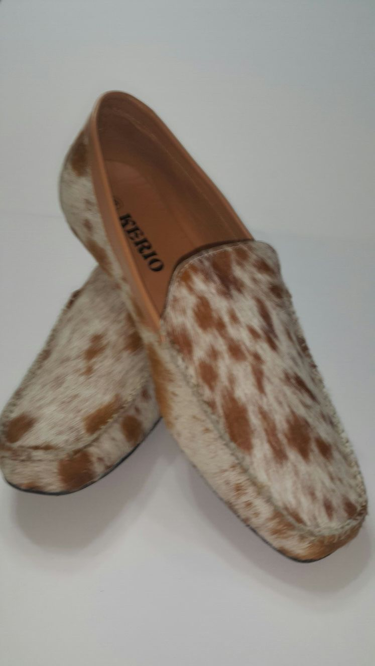 Cowhide leather shoes