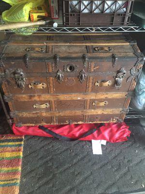 Vintage steamer trunk for Sale in Menands, NY