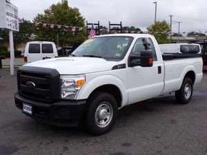 2015 Ford F250 long bed heavy duty with lift for Sale in Manassas, VA