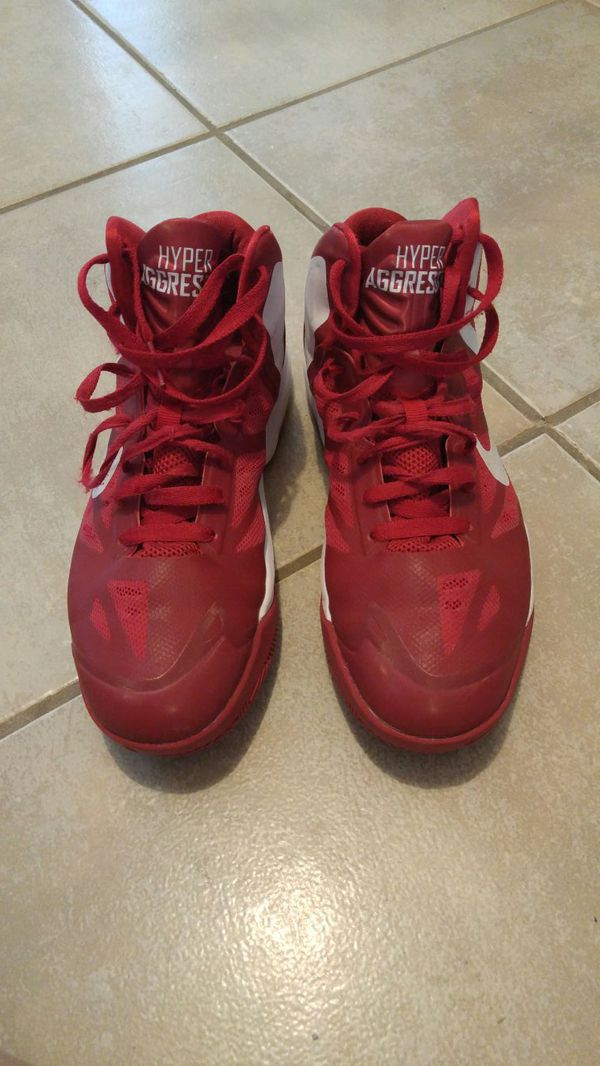 6c20f8710e56 Nike basketball shoes (Sports   Outdoors) in Temple