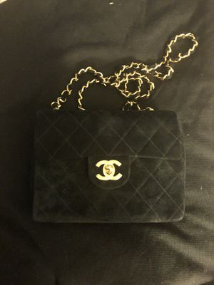 64a4fe648d16 Chanel flap crossbody bag for Sale in Fort Lauderdale, FL