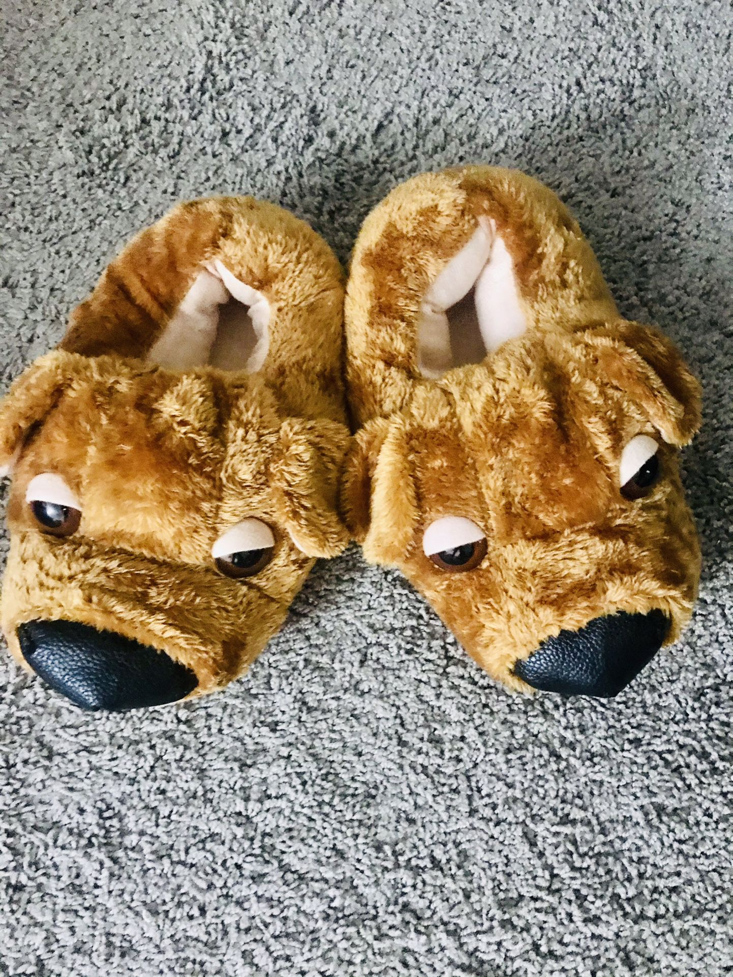 Sneaker Slippers Men and Women  One Size