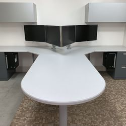 Desk- T Shape with a Bullet top and overhead bins #2 Thumbnail
