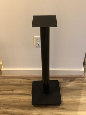1 speaker stand $5 for Sale in Great Falls, VA