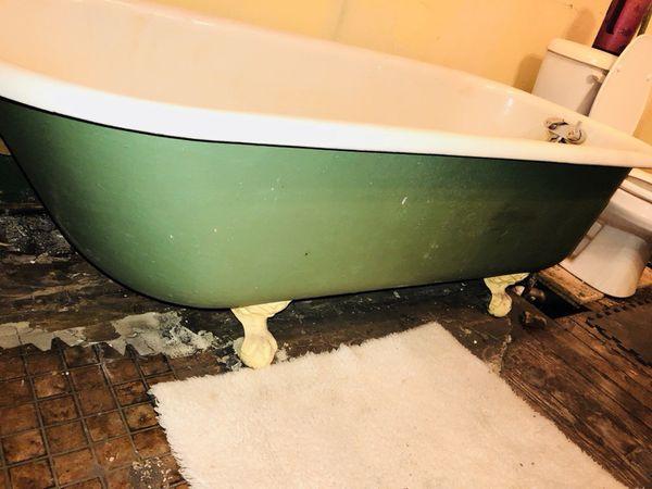 clawfeet bathtub for sale in lexington, ky - offerup