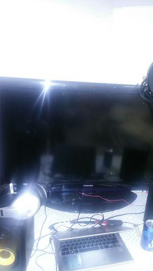 Photo Cheap Toshiba 44 flat screen