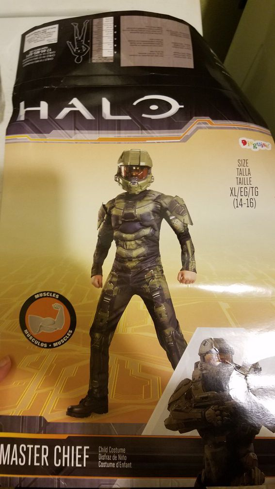 XL Halo Master Chief Halloween costume for Sale in Montesano, WA - OfferUp