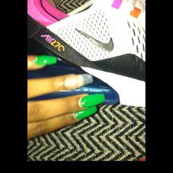 Nike Air Thumbnail