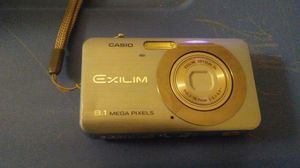 casio exilim 8.1 megapixels camera for Sale in Washington, DC