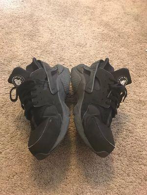 Nike Huaraches Size 10 for Sale in Miami, FL