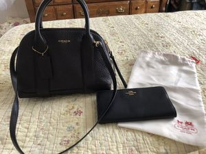 Photo Coach bag with matching wallet Excellent condition
