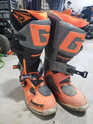 Photo Size 11 Gaerne mx boots