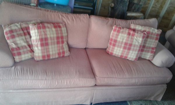 2 gingham print red/tan sofas (Furniture) in Butler, PA - OfferUp