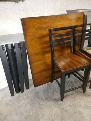 Photo Counter Height Table 4 chairs