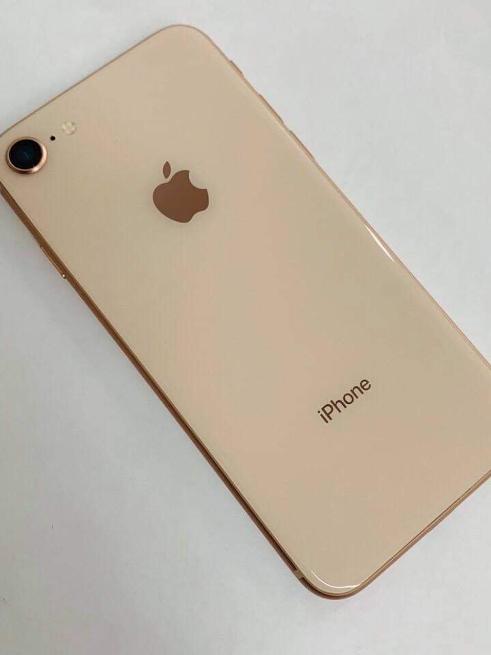 iPhone 8 (64 GB) Unlocked With Warranty