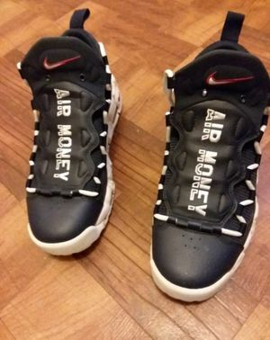 Brand new never used NIKE AIR MORE MONEY for Sale in Capitol Heights, MD