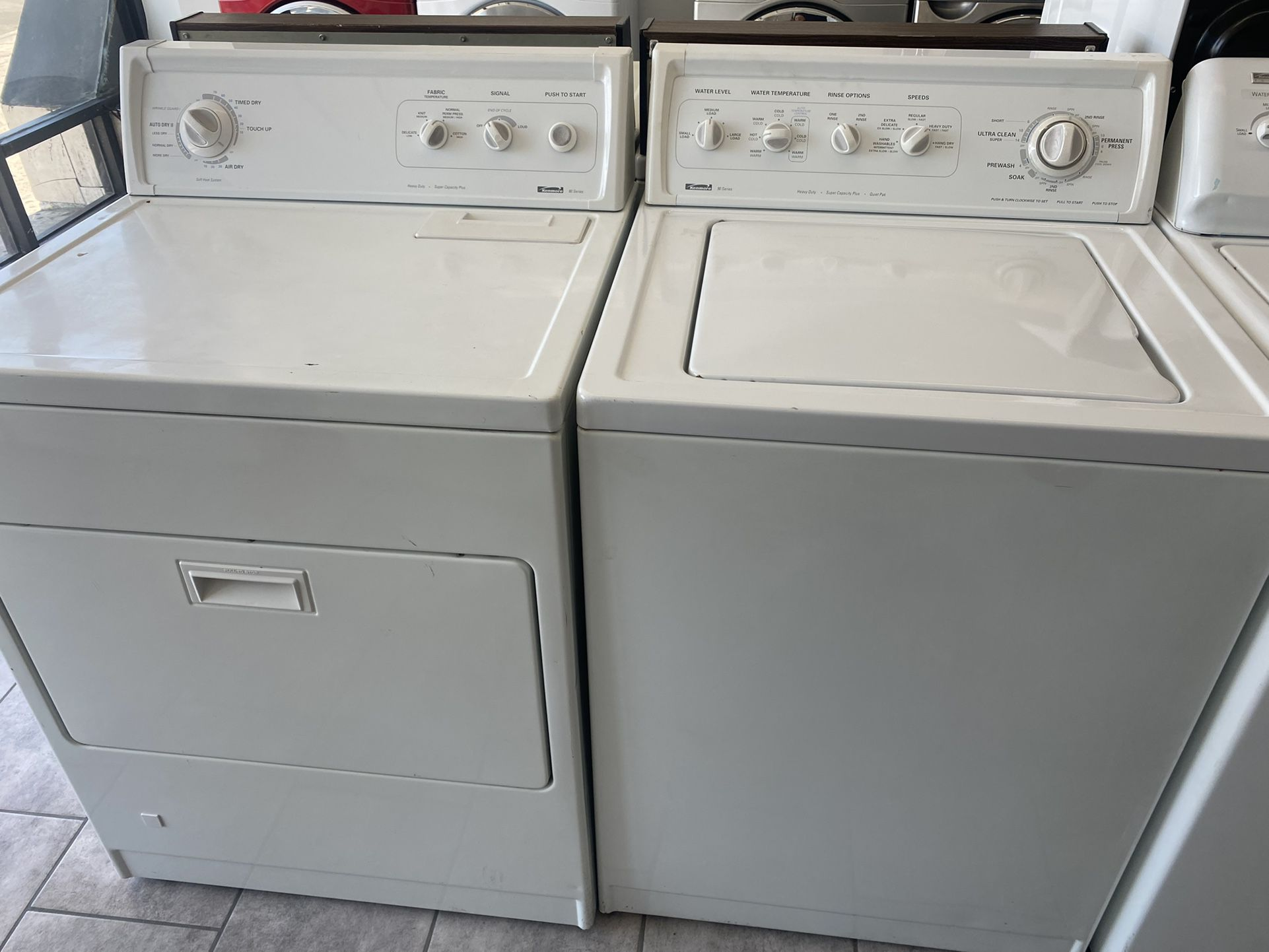 $450 Kenmore washer and dryer set with delivery in the San Fernando Valley