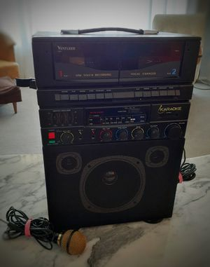 Photo Classic Venturer Karaoke Machine