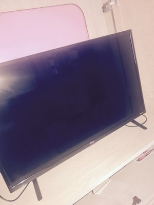32 inch flatscreen smart tv for Sale in St. Louis, MO