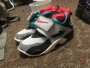 Grade School Size 5 shoes JORDAN NIKES LEBRONS for Sale in Fort Meade, MD