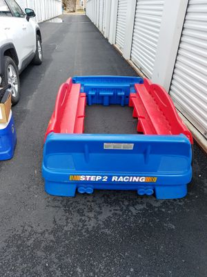 Photo Race car twin bed frame $35