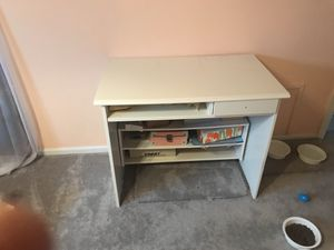 Desk with removable storage for Sale in Pittsburgh, PA