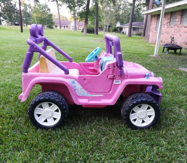 Pink Power Wheels Barbie Jeep Wrangler for Sale in Dayton, TX - OfferUp