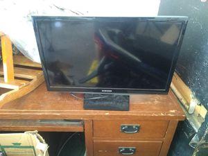 "24"" Samsung TV for sale  Catoosa, OK"