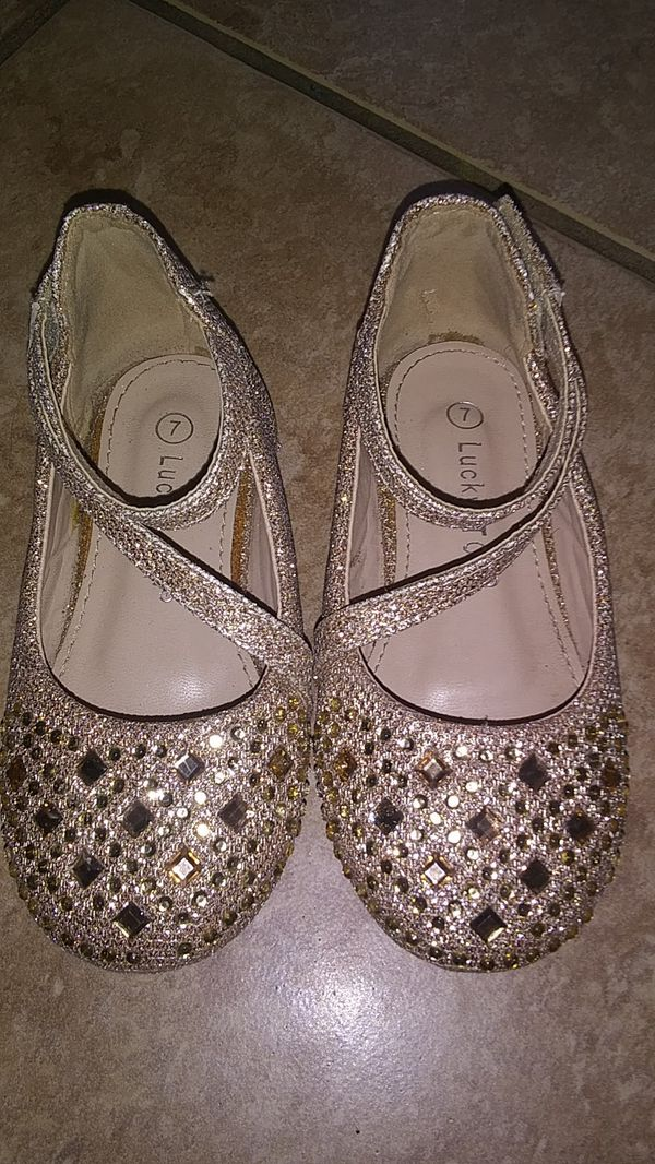 667ab8bb3caa Gold bedazzled flats for little girls for Sale in Litchfield Park ...