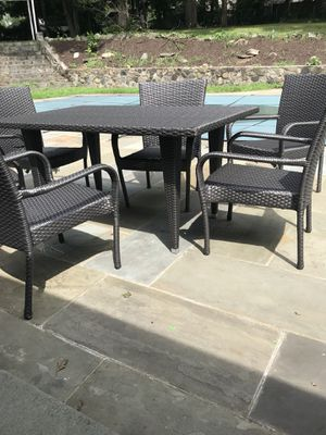 Brand New Patio Dining Set For In Danbury Ct