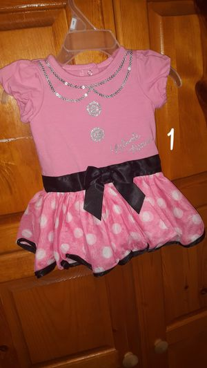 Photo BUNDLE OF BABY GIRL CLOTHES, SIZE 3-6 MOS