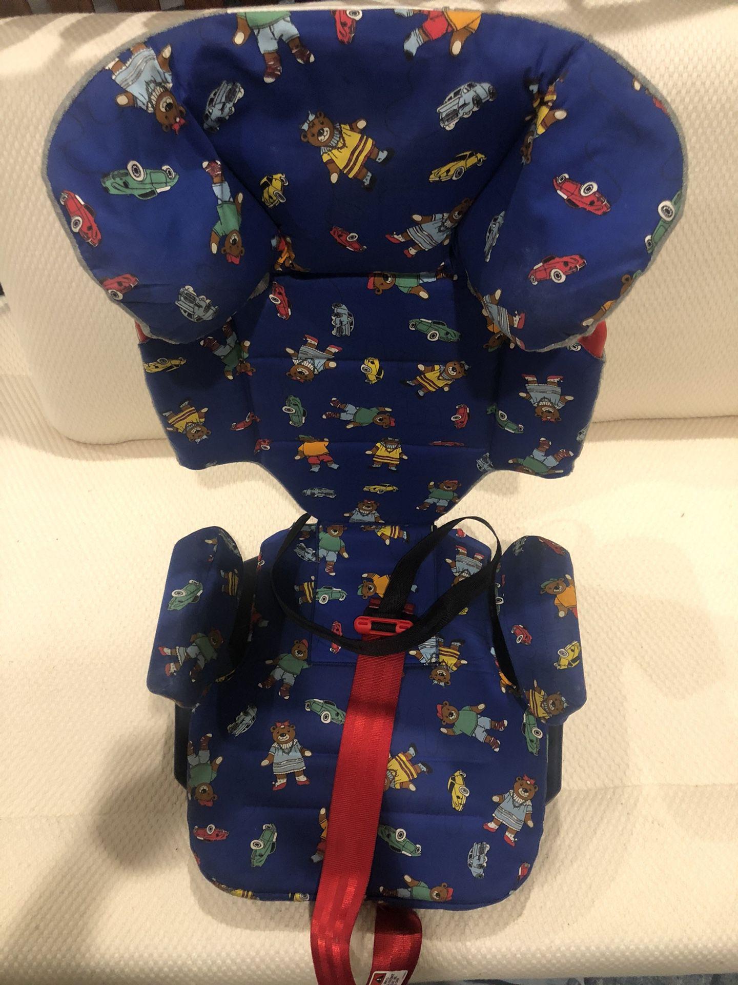 Child car seat by Porsche.yy