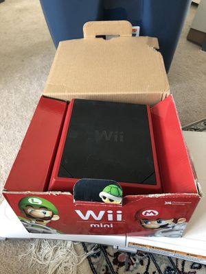 Wii game bundle and accessories for Sale in Germantown, MD