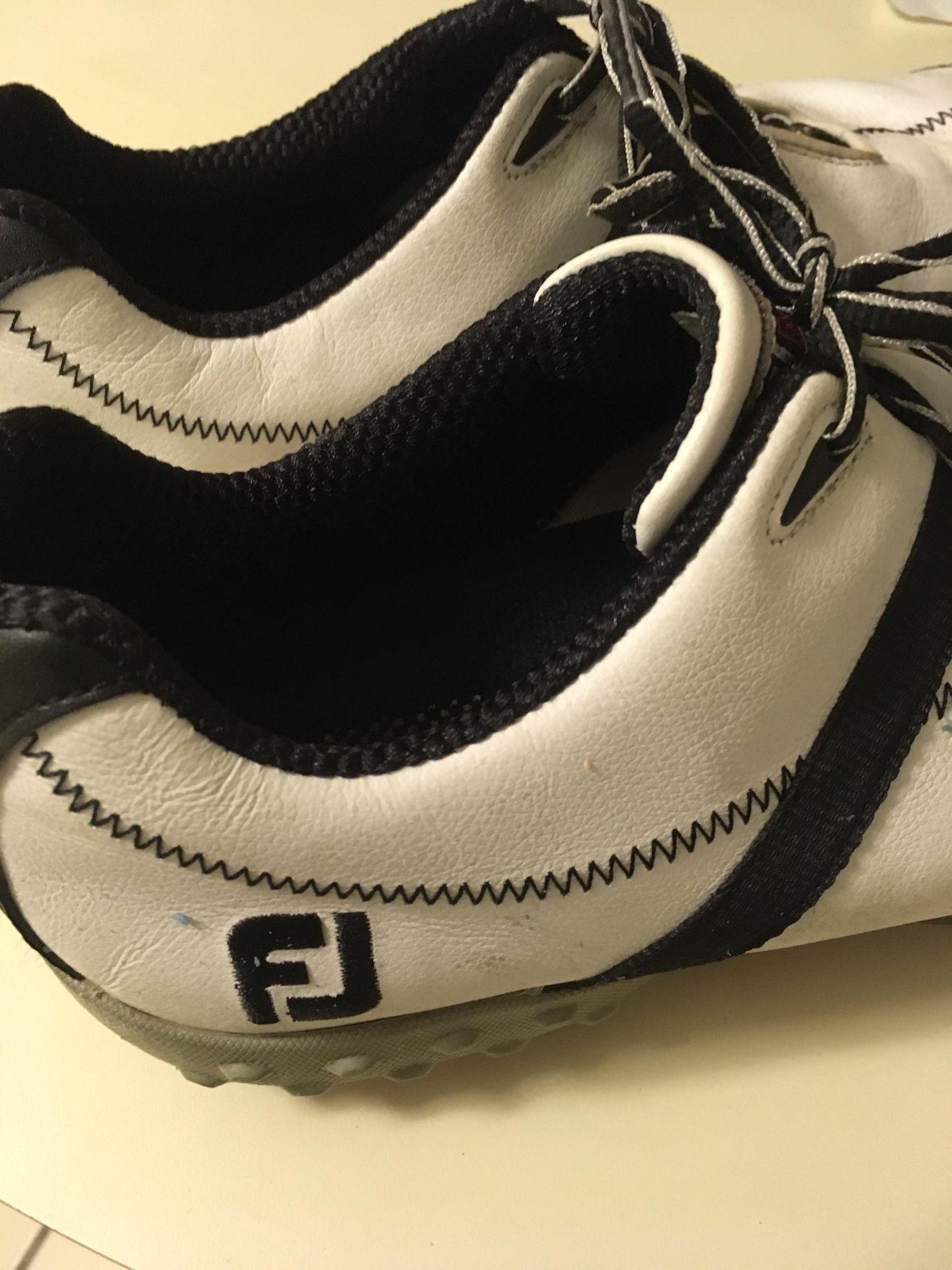 FootJoy size 10 golf shoes