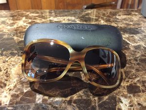 Chanel sunglasses for Sale in Oxon Hill, MD