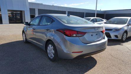 2016 Hyundai Elantra Thumbnail