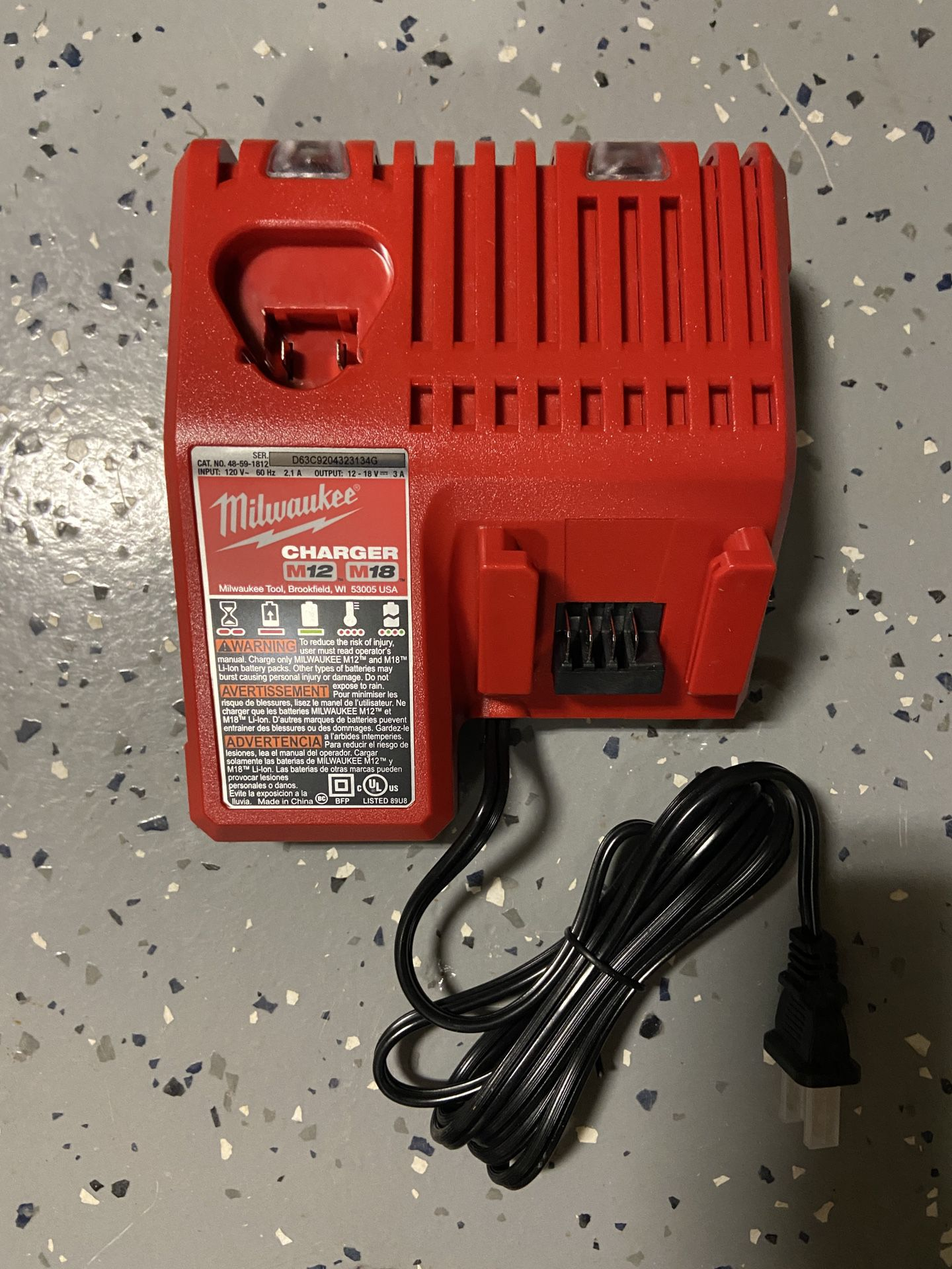 New Milwaukee Battery Charger M18 And M12