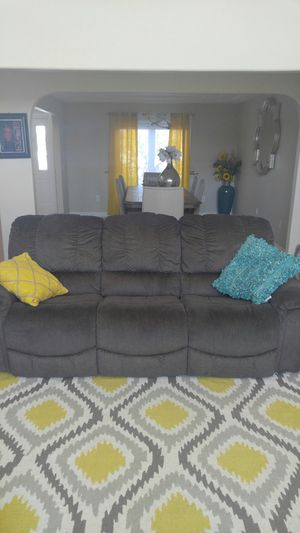 Living room set, 3-seat lazy boy sofa and loveseat for Sale in Sylvania, OH