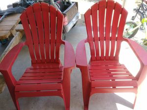 2 both chairs plastic good condition for Sale in San Bernardino, CA