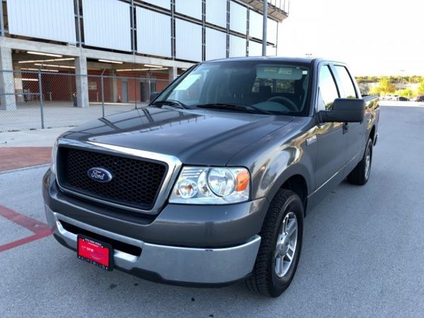 Ford F  Wd Kingranch Supercrew  Xl Doors Rear Wheel Drive  Hp  Cylinders Automatic Transmission For Sale In San Antonio