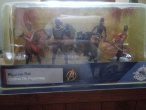 Black Panther Figurine Set. for Sale in Davenport, FL