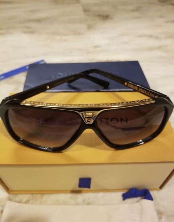 dd3906a2a52 Louis Vuitton Sunglasses Men for Sale in Los Angeles