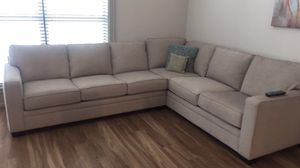 Beckett Sectional purchased 2 months ago. Relocating and only want 800$ or (original price 1800$) for Sale in Sherwood, AR