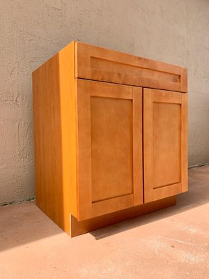 New and Used Kitchen cabinets for Sale in Miami Beach, FL ...
