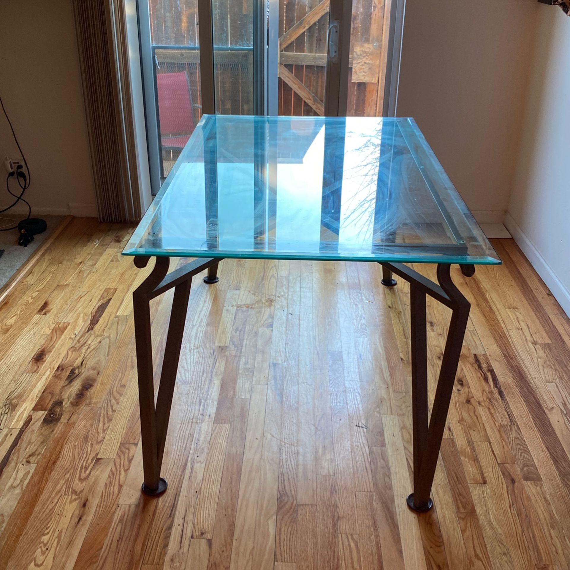 Glass Table 3ft X 5ft