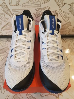 2748f56b38c89 Brand New Nike Lunarglide 8 (Size 10.5) for Sale in Vancouver