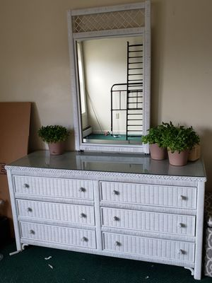 Photo Beautiful White Wicker Dresser, Mirror, Nitestamd Side Table and Chair