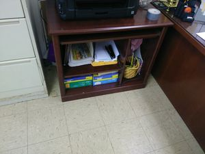 Computer desk for Sale in Pittsburgh, PA