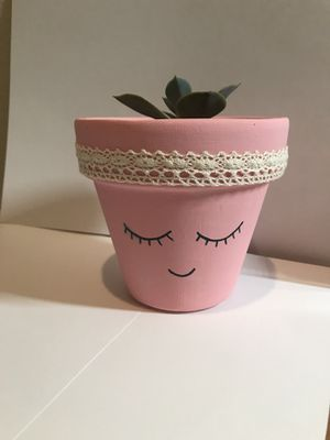 Terra-cotta hand painted Planter for Sale in Houston, TX