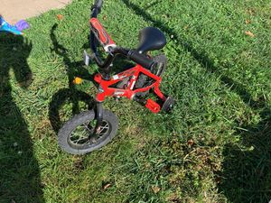 Kids huffy bike with training wheels, never used for Sale in Woodbridge, VA
